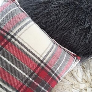 Red Flannel / Sherpa Pillow - very soft!